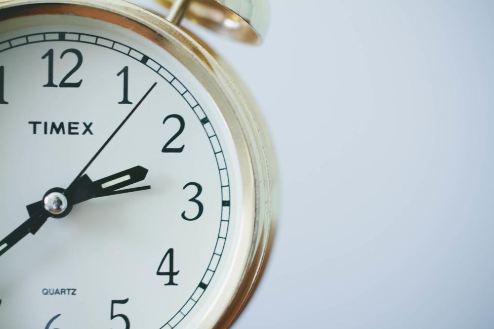 Timex clock white gold